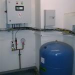 Řídící jednotka pro distribuci termominerální vody do van
